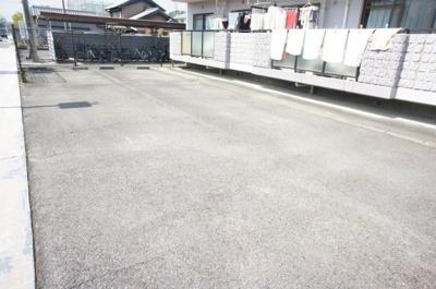 【駐車場】シンパティア