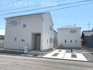 笠松町北及 新築建売全3棟 お車スペース3台以上可能 松枝小学校徒歩5分!ウォークインクローゼット3つ