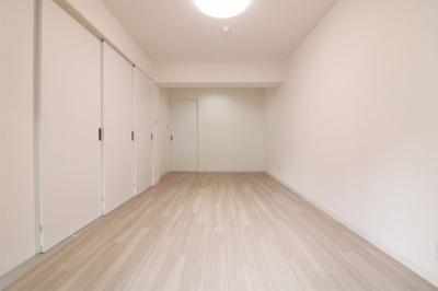 【現地写真】 落ち着いたカラーで仕上げたリラックス空間です♪