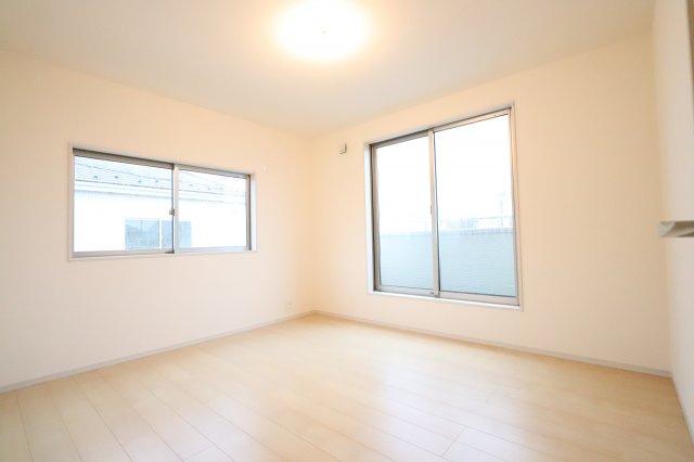 きれいな洋室です 三郷新築ナビで検索