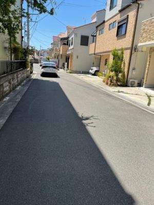 【前面道路含む現地写真】摂津市鳥飼野々三丁目 中古戸建