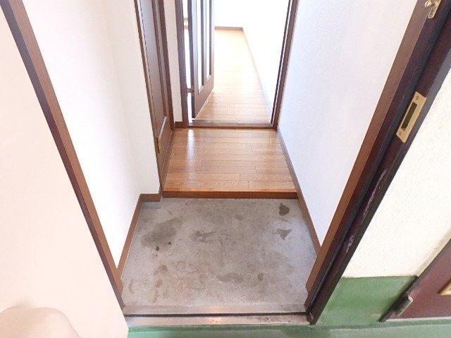 【玄関】六甲三番館