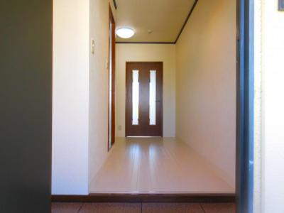 【玄関】ファミール3号館