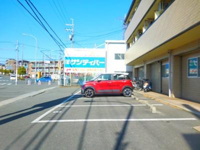 【駐車場】ファミール3号館