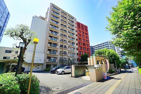 堂々としたお洒落な外観で、リバービューのマンション♪ JR京浜東北線『新子安』駅 平坦徒歩10分