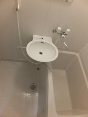 浴室換気乾燥機で洗濯物も乾かせます