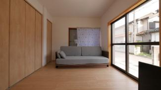 1階6帖洋室 LDKと一体で利用可能です。