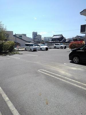 【駐車場】イーストガーデンⅡ