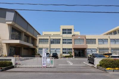 新堂中学校