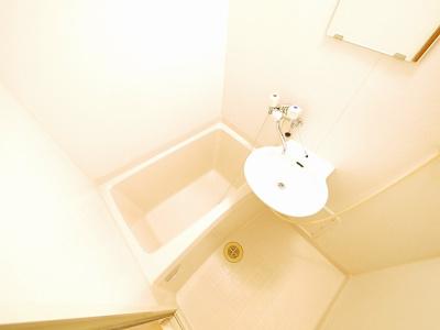 【浴室】レオパレスめい