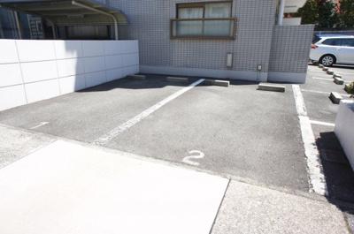 【駐車場】サンプラーザ花の木