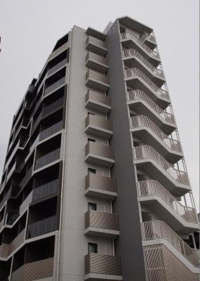 横浜駅徒歩圏内の築浅マンションです!