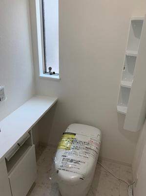 トイレはもちろん2カ所あります♪