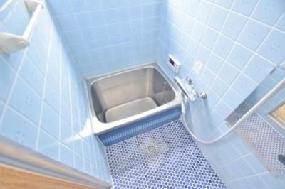 【浴室】本郷2丁目貸家