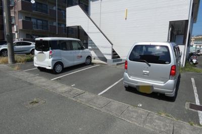 【駐車場】コーポラスフジ