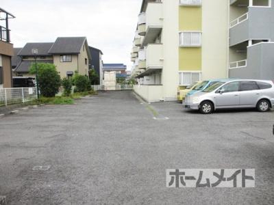 【駐車場】エステートピア吉田