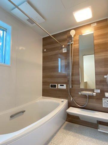 【浴室】新築一戸建て「開成町延沢」全3棟/残3棟