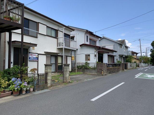 【前面道路含む現地写真】平塚市万田 売地
