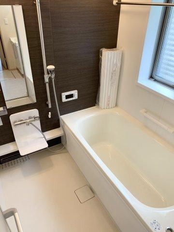 浴室乾燥機を完備しております。