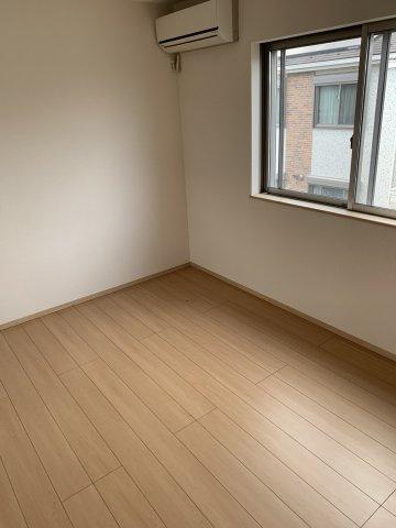 2階寝室①