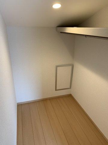 2階寝室①の収納スペース
