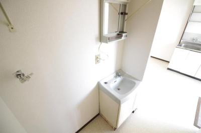 洗面台も独立しております★
