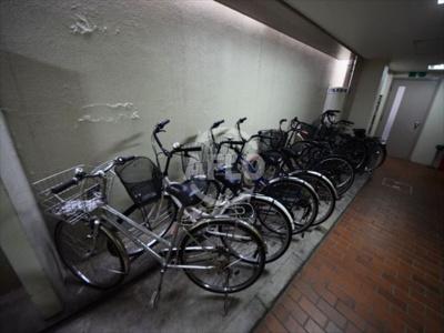 ベルエール元町 駐輪場