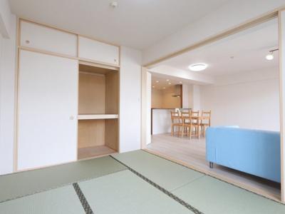 和室があると、家にあたたかい雰囲気が生まれます 吉川新築ナビで検索