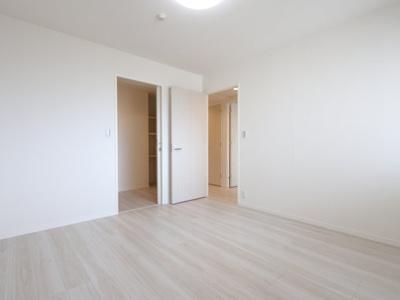 使い勝手のいい洋室です 吉川新築ナビで検索