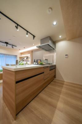 【キッチン】井の頭パークサイドマンション