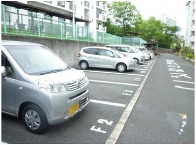 【駐車場】泉北槇塚台住宅 5号棟