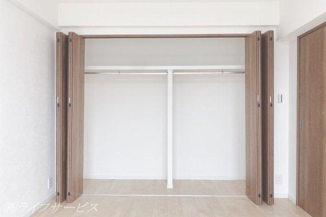 収納豊富なクロゼットもありお部屋を有効活用できます