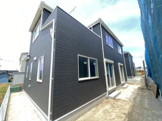 調整区域の開発の為敷地が約40.8坪から約51.5坪と広く全区画がゆったりしたプランです。