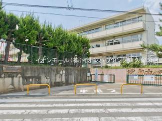 西東京市立谷戸第二小学校(約887m)