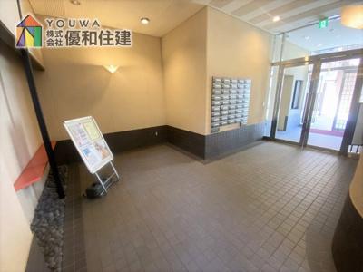 【エントランス】マイアール松の内邸