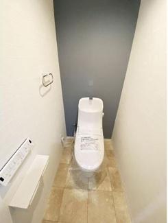 温水洗浄便座付です。