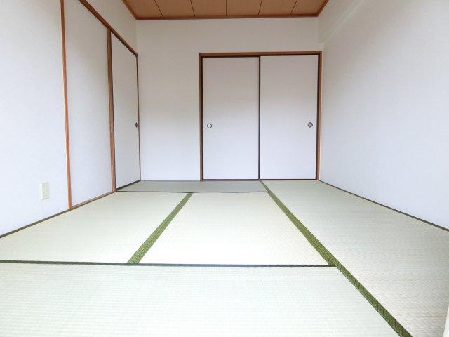 【寝室】リビオ金剛