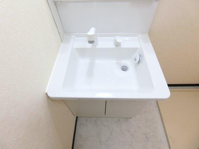 【独立洗面台】リビオ金剛