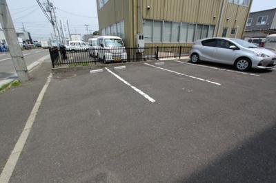 【駐車場】サンパーク・14