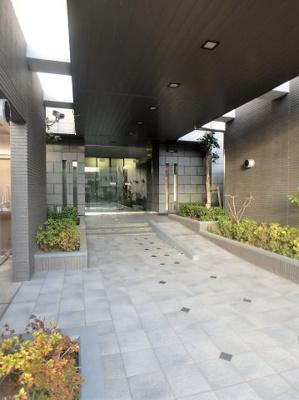 【エントランス】レーベンハイム川口元郷リバースクエア