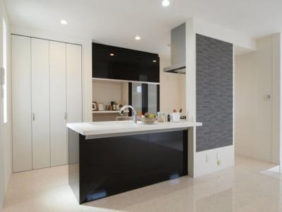 キッチン 施工事例写真です! 対面式・オープンキッチンなどお好みのキッチンで建てる事ができます♪