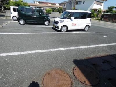 【駐車場】タアナ