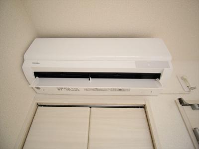 エアコンがあれば温度管理もらくちんです!。同タイプの別室の写真