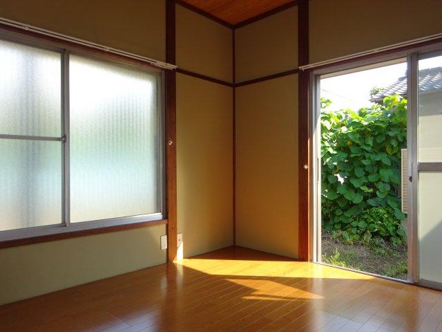 【洋室】植草貸家