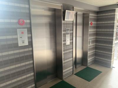 エレベーターは2基あるので、朝など待ち時間も短縮できそうです。