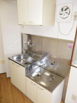 2口ガスキッチン設置可能(同一仕様写真)