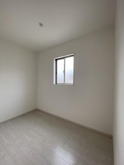 2階のフリースペースです。書斎や納戸に使える便利なスペースですね。