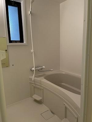 きれいなお風呂です(2021年新品入替)