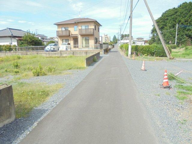 【前面道路含む現地写真】見川町土地
