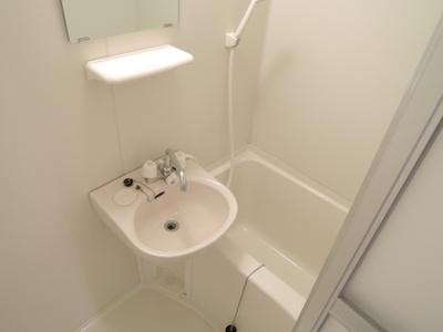 【浴室】オーヴァ